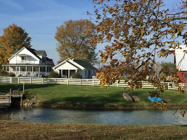 The Pond House at Deer Creek Farms