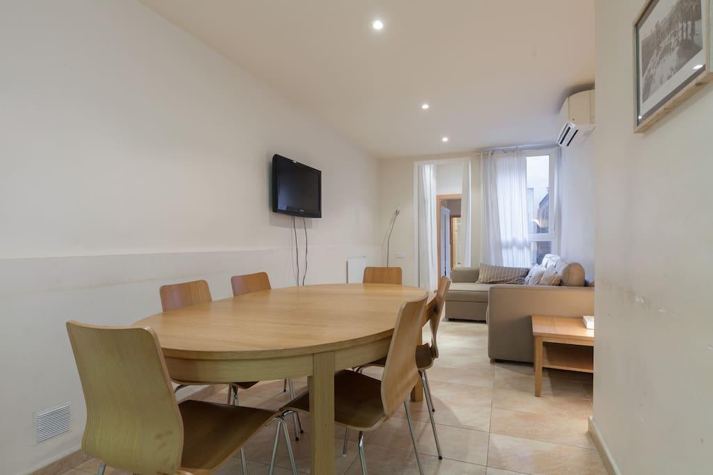 Duplex sagrada familia for 8 people appartamenti in for Appartamenti barcellona affitto vacanze