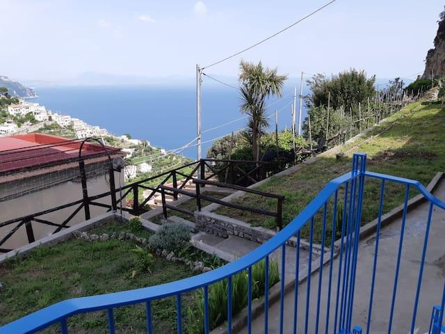 casa nella roccia, Amalfi