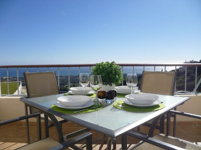 21387 - FINE DUPLEX APARTMENT – NEAR BEACH