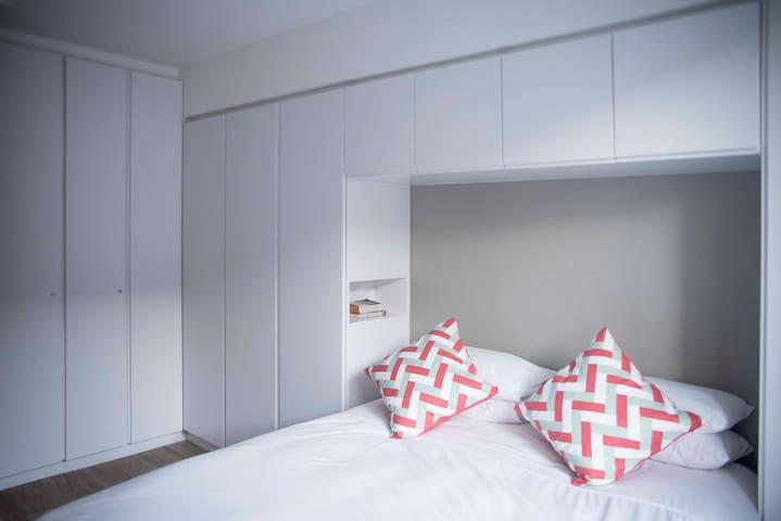 Lots of cupboard space in bedroom