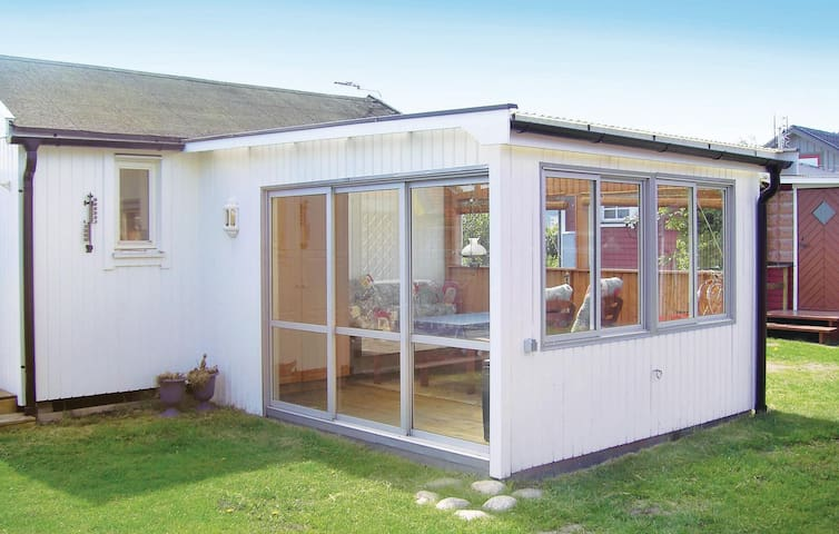 Holiday cottage with 1 room on 15m² in Halmstad