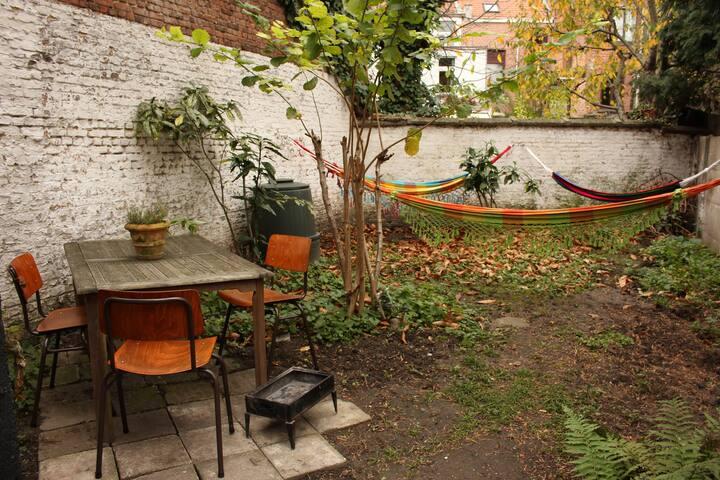 Cosy Home with Secret Garden - Antwerpen - Apartemen