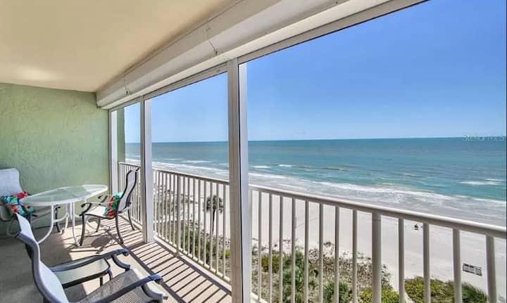 Newly Renovated Beachfront Condo w/Beautiful Views