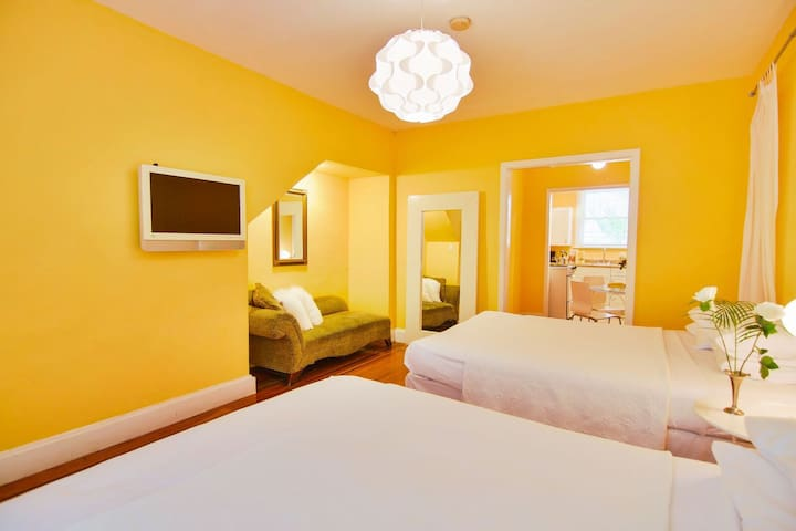 Large Studio Two Beds