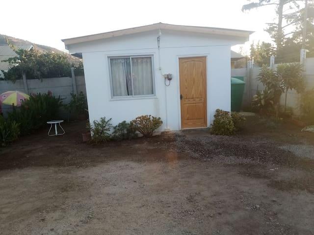 "Cabaña ""Mini Casa"" Hermosa y Acogedora en Olmué."