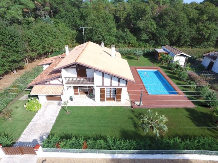 VIEUX BOUCAU, house with pool for 8 people