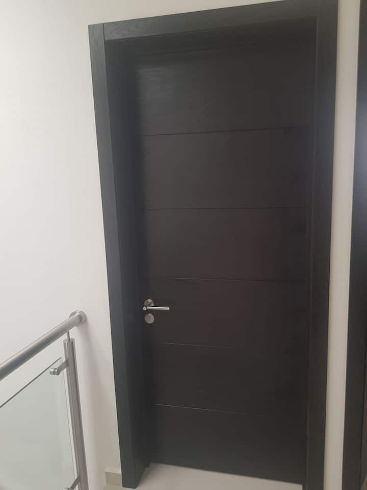 Habitaciones en casa segura dentro de coto