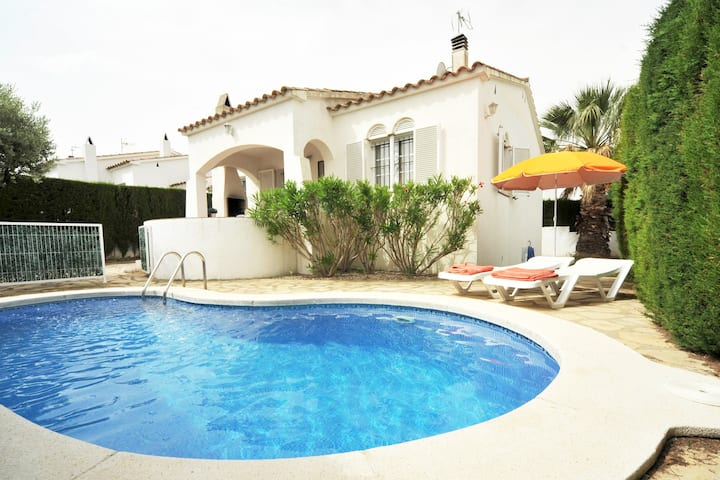 Olivera:Private pool and Wifi