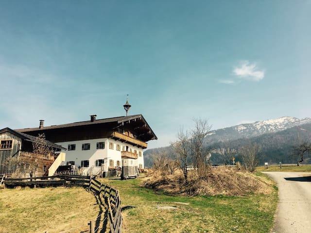 Idyllischer Bauernhof - Bichlach - Rumah