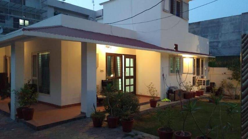 Nest Cottage - Noida - Suíte de hóspedes