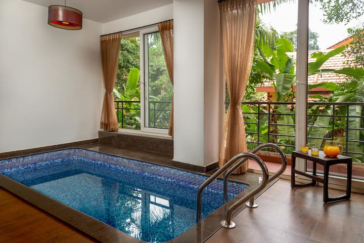 Osaka Villa W/Indoor Pvt Pool Near Coco Beach@Goa.