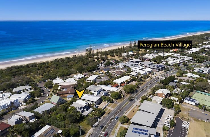 Peregian Beach Pad - Walk to the Beach and Cafes