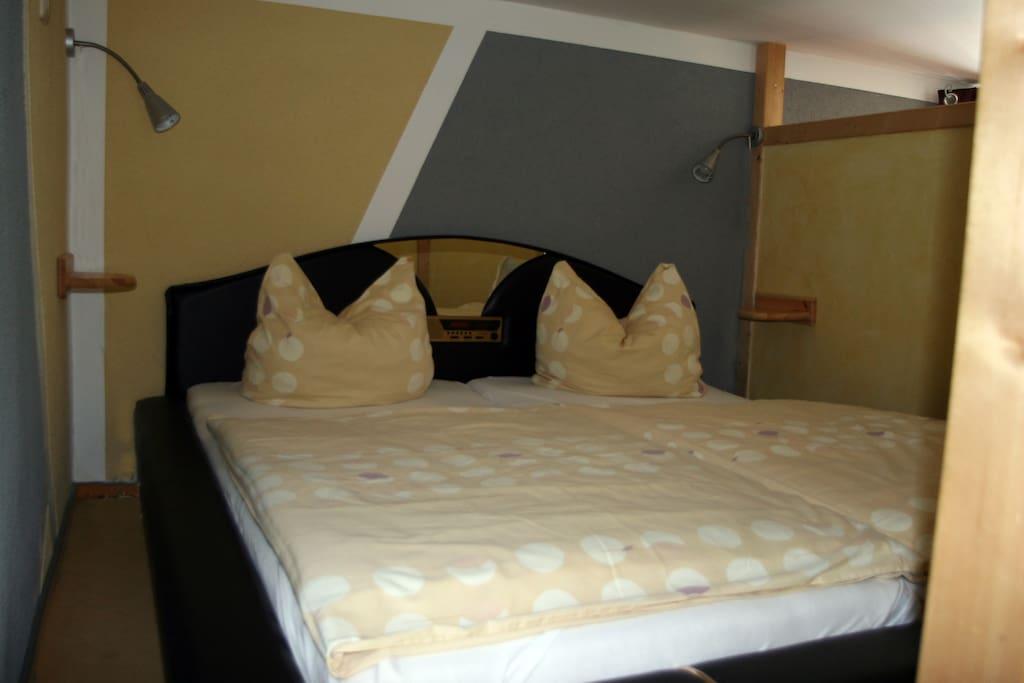 Abgetrennter Schlafbereich im Loft