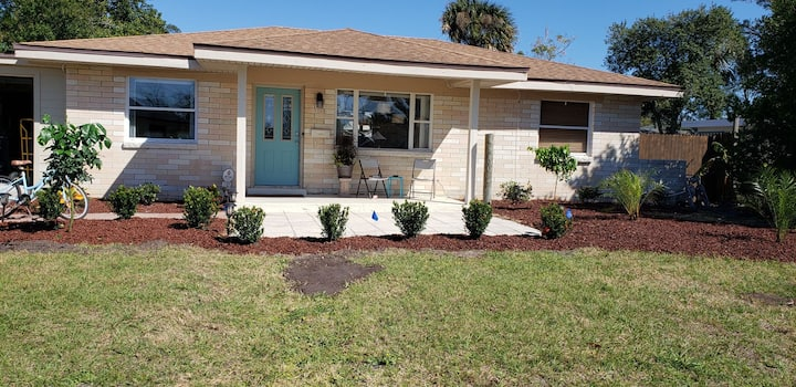 Fabulous Jax Beach Home at an affordable price!