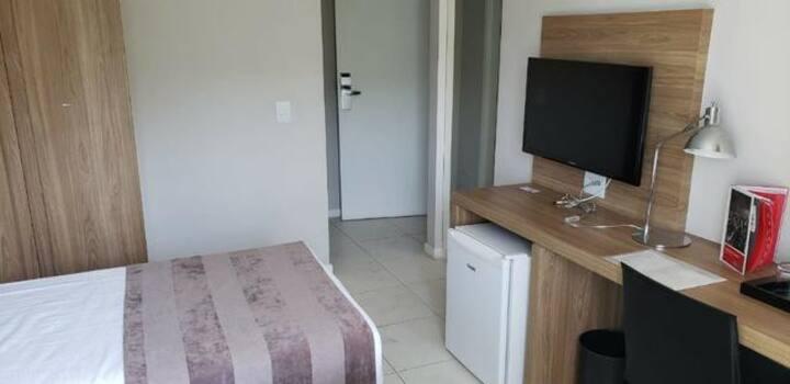 Apto 01 quarto c/ banheiro