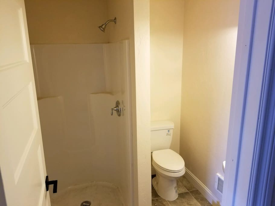 The bathrooms now have fixtures, just waiting on the furnishings!
