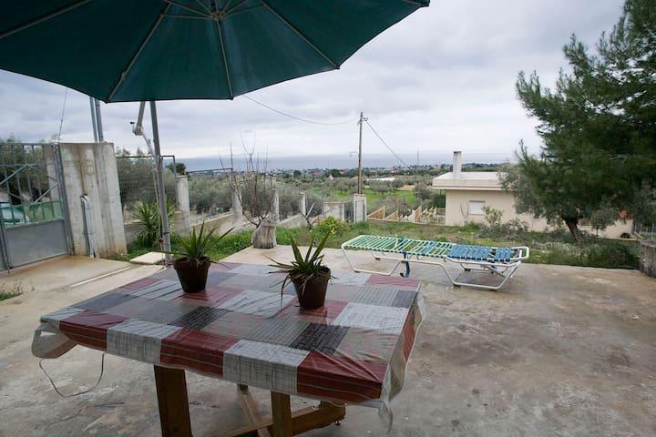Σπίτι στην Κινέτα με θέα στο Σαρωνικό