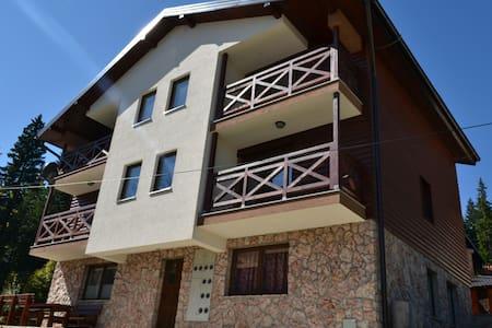 Apartman Gorski javor - Jahorina, Republika Srpska, BA - Huoneisto