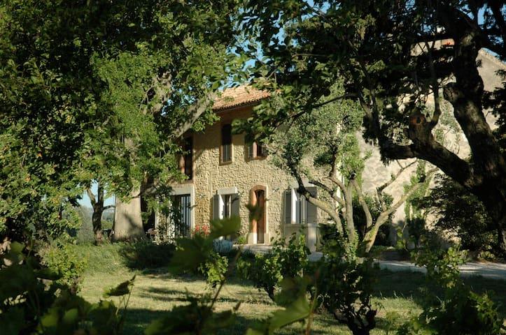Mas-Salarié - Caderousse - Huis