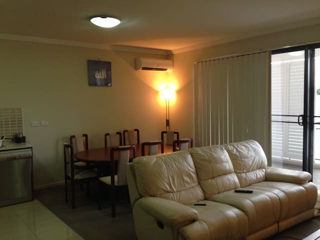 Room for Rent in 2x1 Apartment - Northmead (2152)