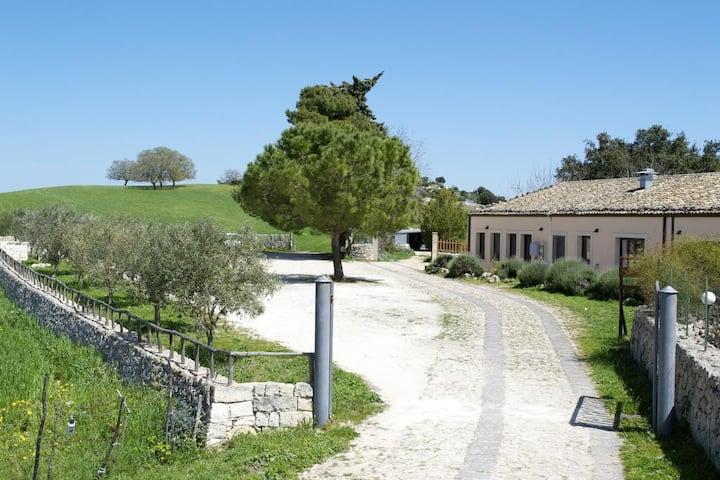 Stupendo Agriturismo Porta Pantalica