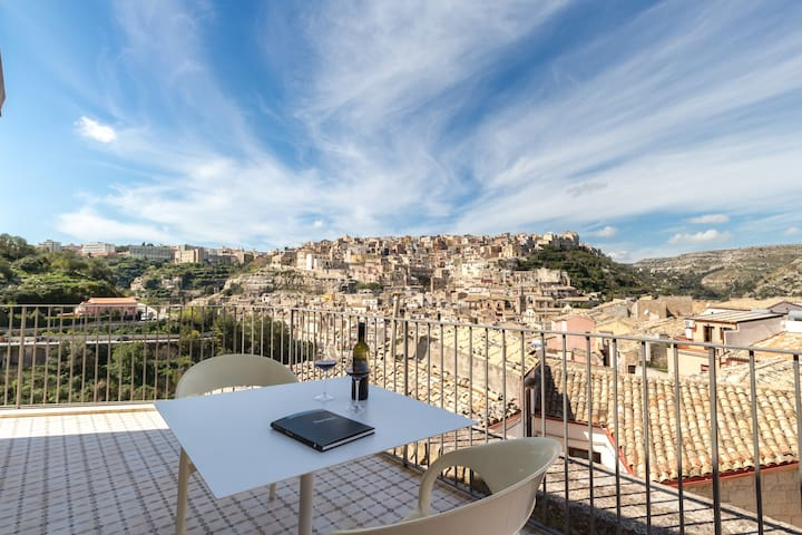Ulisse, apartment with view - Ibla - Ragusa - Departamento