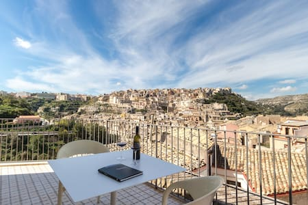 Ulisse, apartment with view - Ibla - 拉古薩