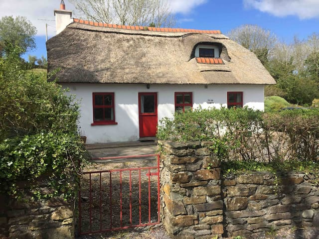 Thatch Cottage in West Cork