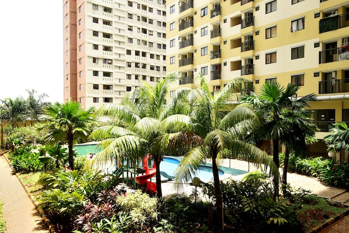 Compact 2BR Green Apt in South Jak - South Jakarta - Apartment