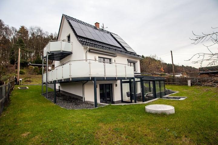 Weinberghaus Prossen, Exclusives Haus mit Aussicht