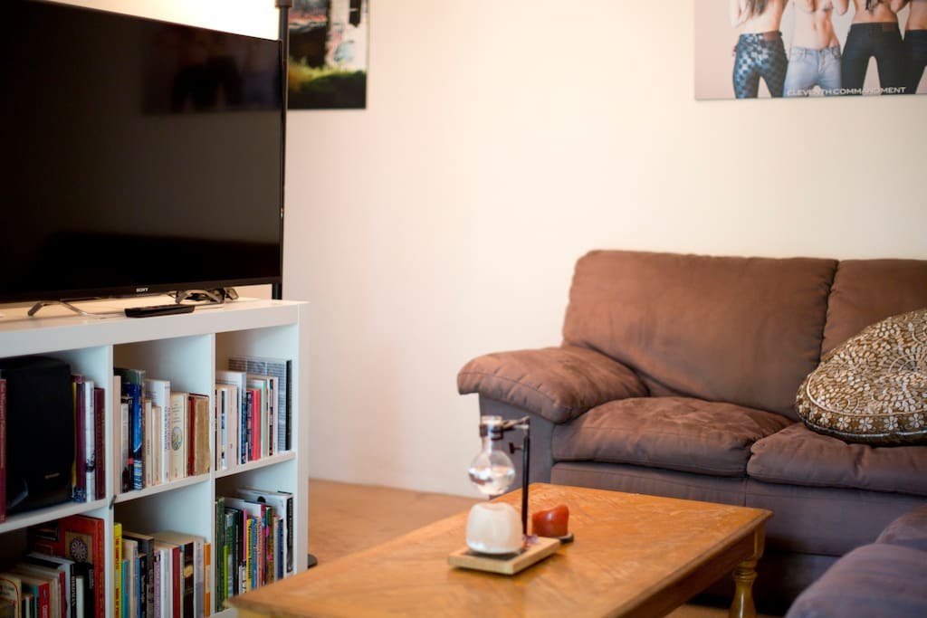 Enjoy our huge TV with access to netflix and the internet.
