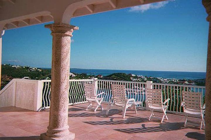 Villa Paradijs - Ideal for Couples and Families, Beautiful Pool and Beach - Oyster Pond - Villa