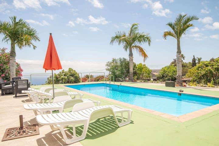 Apartment Luymar with pool sea views wifi La Palma