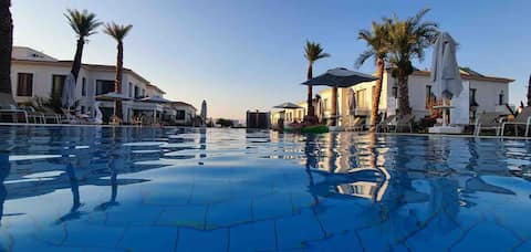 Luxury Sea&Mountain View Flat / Kyrenia