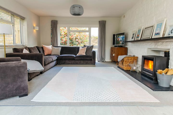 Idyllic 4 Bedroom Home Georgeham 5min to Beach