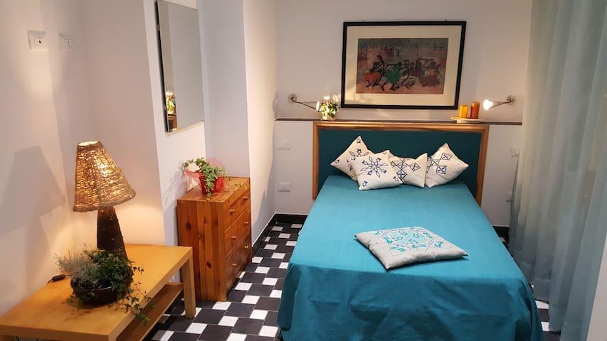 S7 Guest House - monolocale nel cuore della città - Cagliari