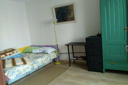 One room with double bed - Alba Iulia