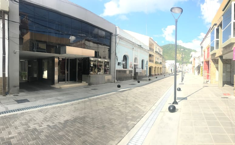 Confortable departamento en el centro de Salta.