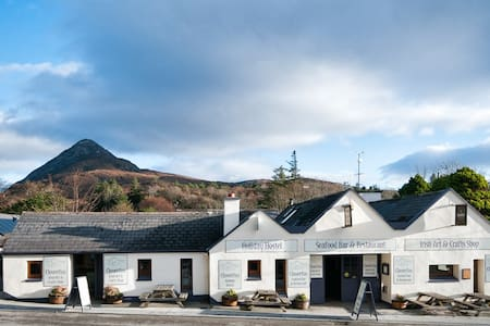 Hostel for Connemara National Park - Letterfrack