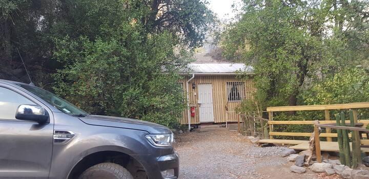 Eco cabaña  Renacer. San Gabriel  Cajón del Maipo