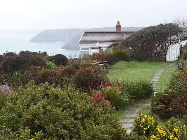 Anchor cottage, unrivalled coastal and sea views.
