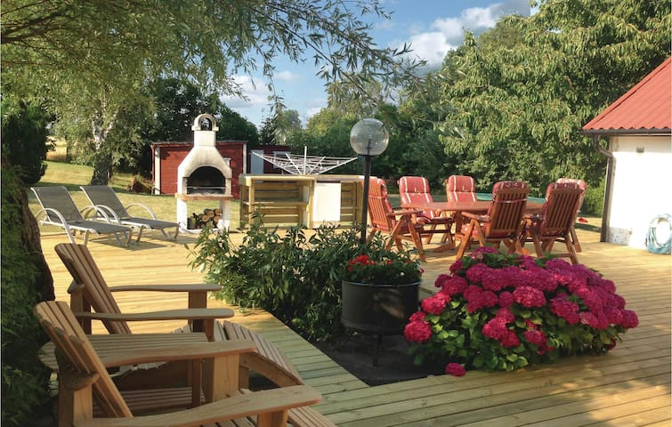 Holiday cottage with 3 bedrooms on 88m² in Trelleborg