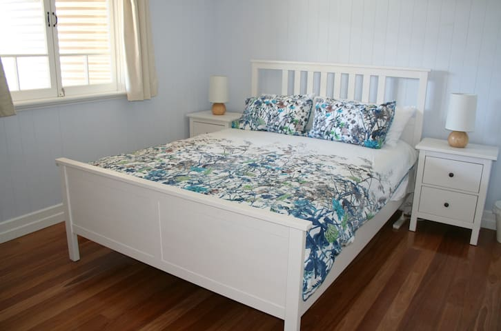 Graceville charm, convenience and privacy - Graceville - Apartamento