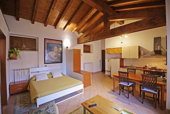 Studio in Monticelli Brusati