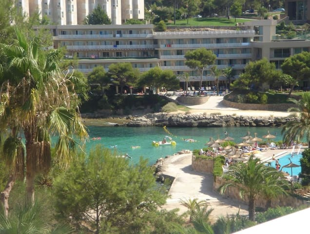 Attractive Apartment with Sea Views - Cala Vinyes - Apartament