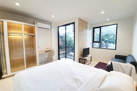 PERK WAY Studio-Ratchada Train Market-NEAR MRT