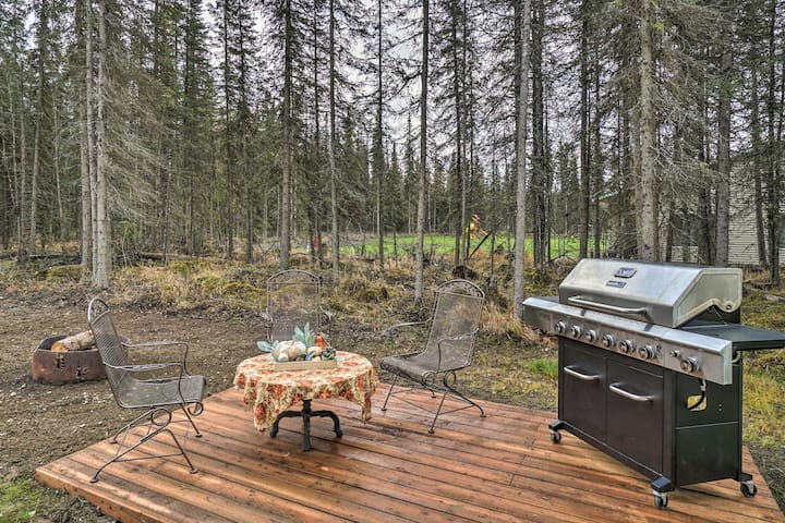NEW! Single-Story Soldotna Home ~4 Mi to Downtown!