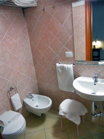 Bagno - Bathroom