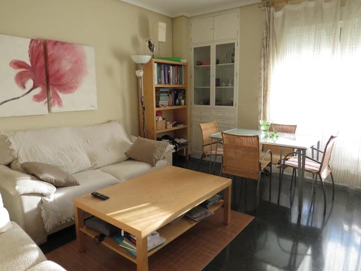 Habitación individual con escritorio